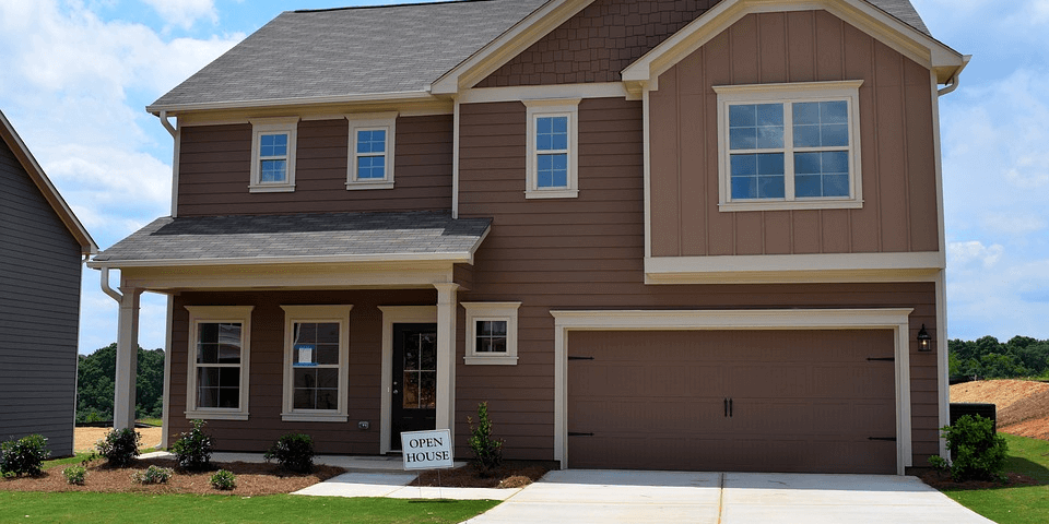 Custom-home builders